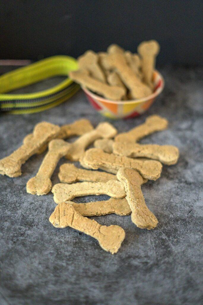 baked bone shaped salmon dog treats